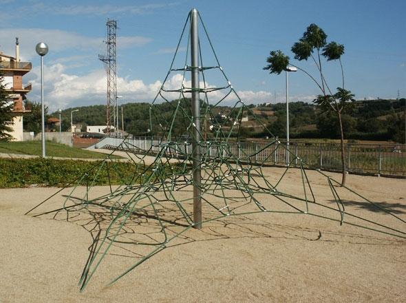Klettergerüst Stahl : Klettergerüst spinnenetz m und benito spielplatz